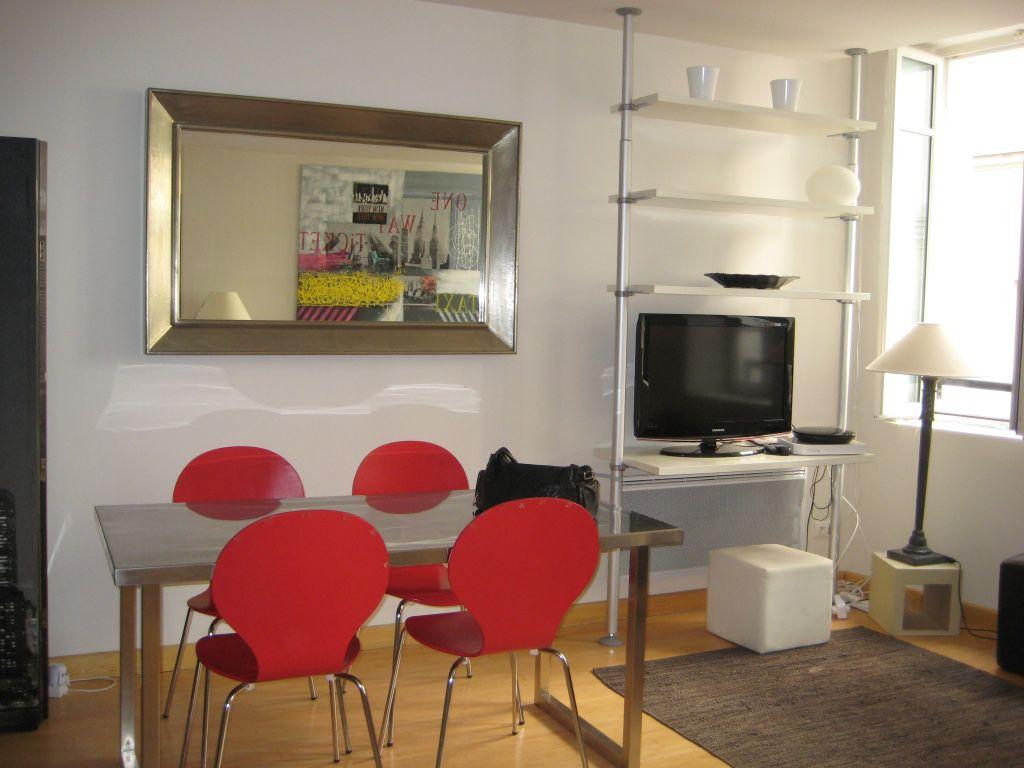 Appart hôtel Paris : envie de vous installer à Paris temporairement ?